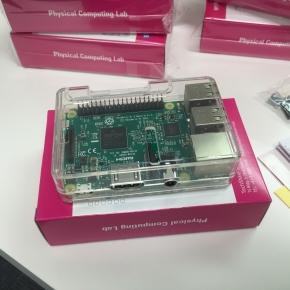 raspberry piを触ってみよう。初級OSインストールから編 10月29日